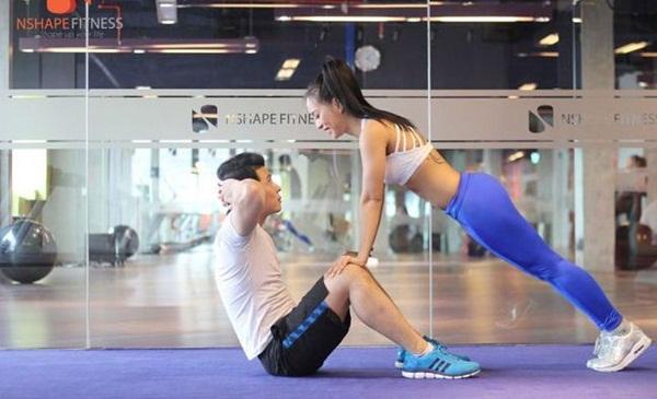 Hướng dẫn tập gym đôi