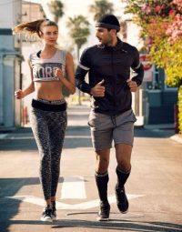 Bạn đồng hành đi tập gym