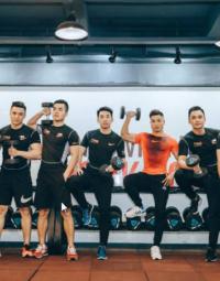 Dong phuc tap gym nam
